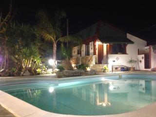 Dimora Fragolina (affitti brevi ad uso turistico) - Palermo vacation rentals