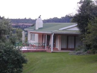 Nice 3 bedroom Cottage in Winterton with Internet Access - Winterton vacation rentals