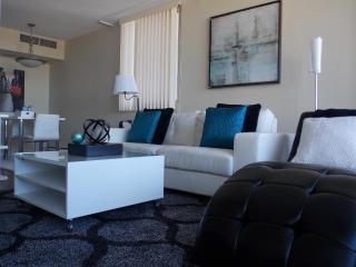 Fastlane Suites on 5 av SW #2014- 1 bedroom - Calgary vacation rentals