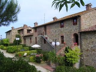 Nice Condo with Internet Access and A/C - Castiglione Del Lago vacation rentals