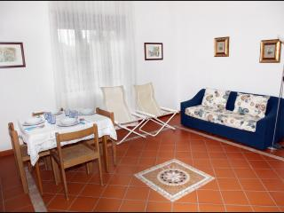 Nice 2 bedroom Villa in Minturno - Minturno vacation rentals