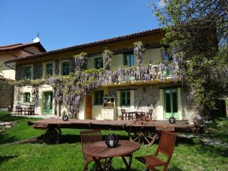 Wonderful rural retreat on lavender farm - Spigno Monferrato vacation rentals