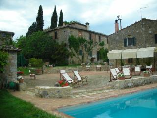 Nice 2 bedroom Monteriggioni House with Internet Access - Monteriggioni vacation rentals