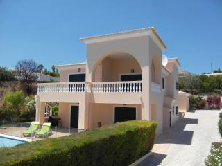 Nice Villa with Internet Access and A/C - Luz vacation rentals
