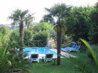 Lovely 4 bedroom Villa in Sant'Angelo In Pontano - Sant'Angelo In Pontano vacation rentals