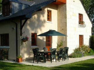 Comfortable Cottage with Satellite Or Cable TV and Television - Saint-Philbert-du-Peuple vacation rentals