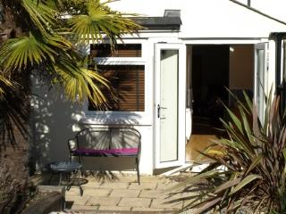 2 bedroom House with Internet Access in Hythe - Hythe vacation rentals