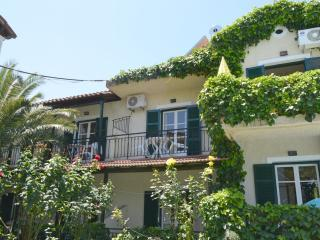 MAYFLOWER FAMILY APARTMENT - SLEEPS 5 - Moraitika vacation rentals