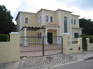 Lovely Villa with Internet Access and A/C - Vale do Lobo vacation rentals