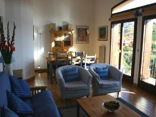 Wonderful 2 bedroom Collioure Condo with Internet Access - Collioure vacation rentals