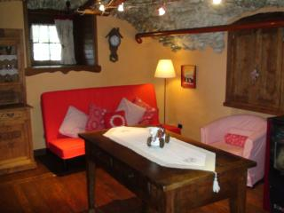 Romantic 1 bedroom Apartment in Saint Pierre - Saint Pierre vacation rentals
