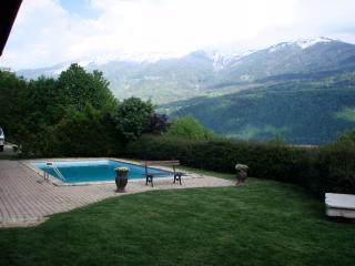 Beautiful Villa with Internet Access and Satellite Or Cable TV - Montailleur vacation rentals