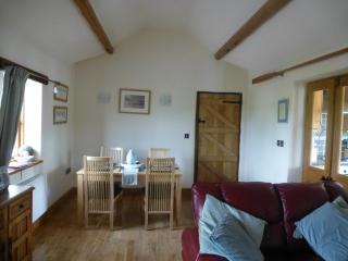 2 bedroom Barn with Internet Access in Abergele - Abergele vacation rentals