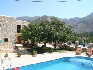 5 bedroom Villa with A/C in Chora Sfakion - Chora Sfakion vacation rentals