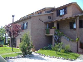 Nice Bed and Breakfast with Internet Access and A/C - Polverigi vacation rentals