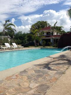 Nice Villa with Dishwasher and Linens Provided - La Ceiba vacation rentals
