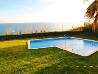 Brilliant 4-bedroom villa in Sant Pol de Mar for 8 people, 50m from the beach! - Sant Pol de Mar vacation rentals