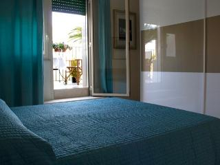 Bed & Breakfast - Via del Mare - Bitonto vacation rentals