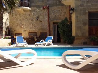 Gozovigliando Bed & Breakfast House of Character - Nadur vacation rentals