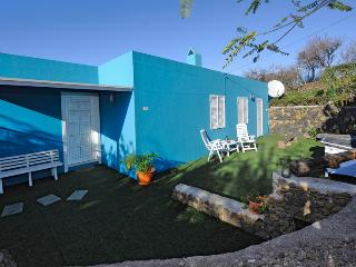 Cozy 2 bedroom El Paso Cottage with Internet Access - El Paso vacation rentals