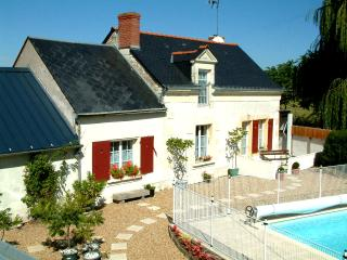 Nice Gite with Internet Access and Satellite Or Cable TV - Allonnes vacation rentals