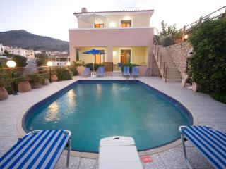 Holiday Villa Clio. Aloni Villas - Rethymnon vacation rentals