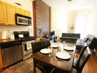 FABULOUS 2 BEDROOM NYC FLAT! - New York City vacation rentals