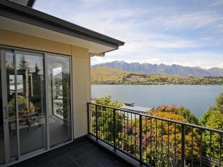 Tahuna House - Queenstown vacation rentals