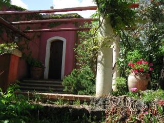 Cozy 3 bedroom Villa in Catania - Catania vacation rentals