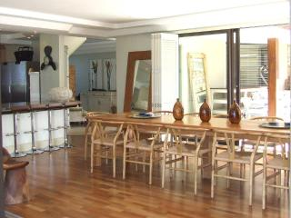 Spacious House with A/C and Satellite Or Cable TV - Kleinmond vacation rentals