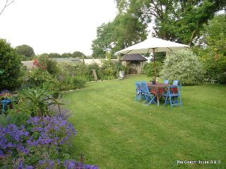 Nice 4 bedroom Manorbier Cottage with Internet Access - Manorbier vacation rentals