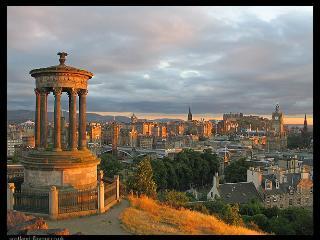 Albert St. Festival flat Central Edinburgh - Edinburgh vacation rentals