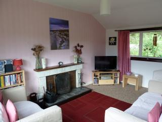 Beautiful Cottage with Internet Access and Microwave in Aultbea - Aultbea vacation rentals
