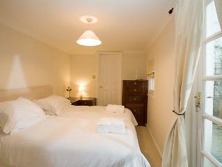 Brighton Brunswick Apartment - Brighton vacation rentals