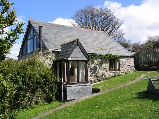 Seagull Barn  - Romantic barn with woodburner - Boscastle vacation rentals