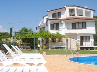 Nice Villa with Internet Access and Short Breaks Allowed - Balchik vacation rentals
