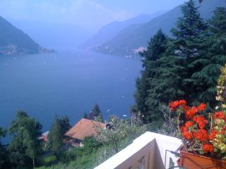 Nice 2 bedroom Vacation Rental in Faggeto Lario - Faggeto Lario vacation rentals