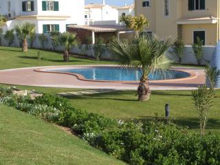 Lote B Quinta da S.Sebastio - Alcantarilha vacation rentals