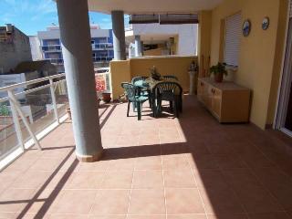 Moncofa playa, apartamento 4-6 pers - Moncofar vacation rentals