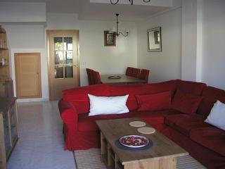 Beautiful Townhouse with Internet Access and Dishwasher - Province of Huelva vacation rentals