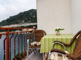 Studio in Sobra, just on the sea :) - Sobra vacation rentals