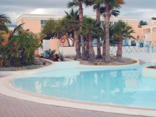 Comfortable 1 bedroom Bungalow in Golf del Sur - Golf del Sur vacation rentals