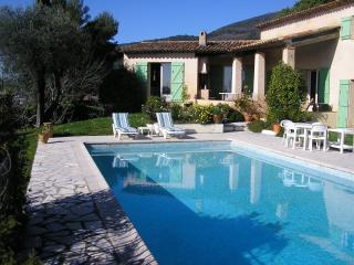 Villa provencale  piscine - Tourrettes-sur-Loup vacation rentals