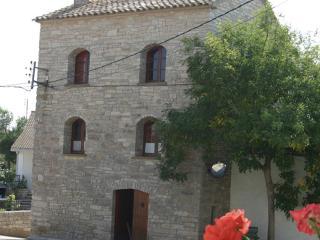 Antigua Masia en la plana de Guissona - Province of Lleida vacation rentals