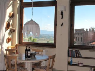 Casa del Conte, Farnetella - Rigomagno vacation rentals