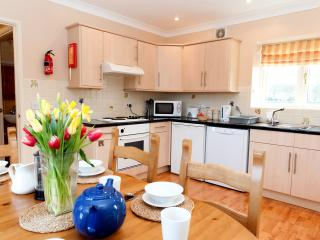 3 bedroom Cottage with Internet Access in Warminster - Warminster vacation rentals