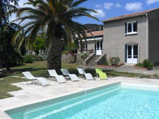 Berlou Villa with pool - Berlou vacation rentals