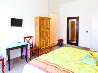 etnic room - Rome vacation rentals