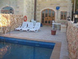 MATTHIAS, 26 PIAZZA SAN LAWREN - San Lawrenz vacation rentals