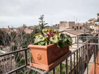 Monti amazing family apartment - Rome vacation rentals